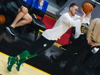 By Erik Drost (Gordon Hayward) [CC BY 2.0 (http://creativecommons.org/licenses/by/2.0)], via Wikimedia Commons