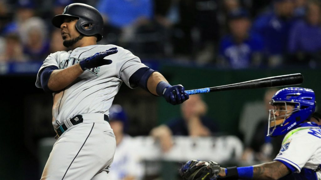 Yankees make bargain trade with Mariners to add yet more power in Encarnacion