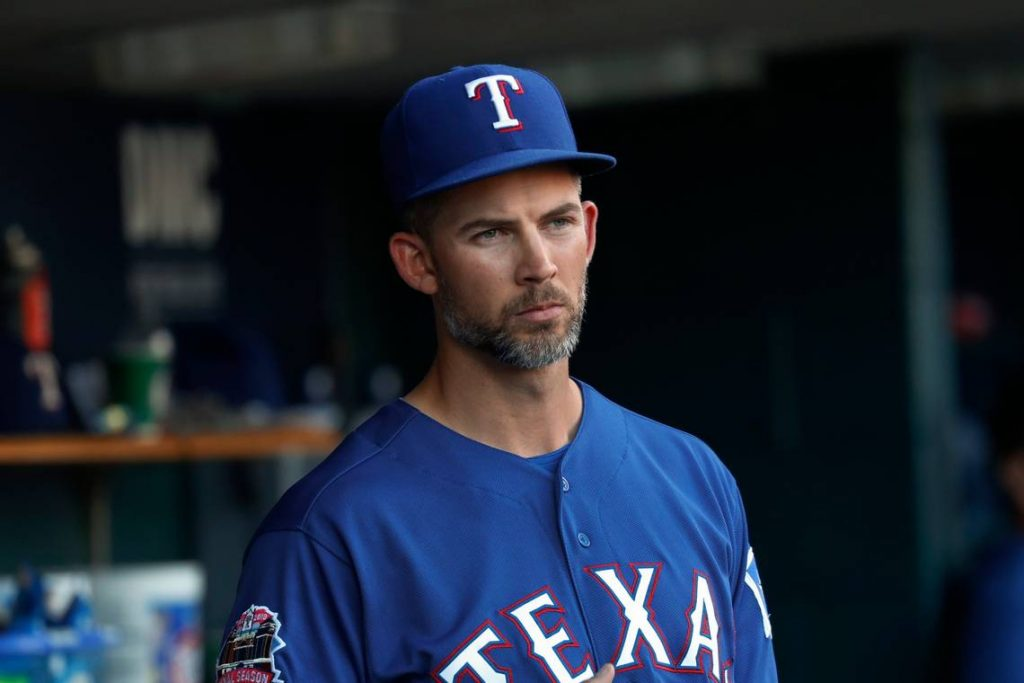 Five teams who should trade for Texas Rangers ace Mike Minor