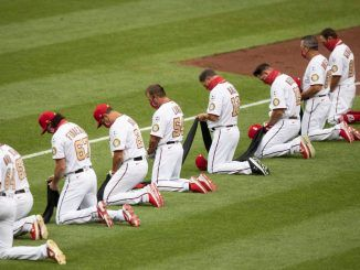 Washington Nationals take knee
