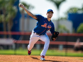 Jacob deGrom throws pitch